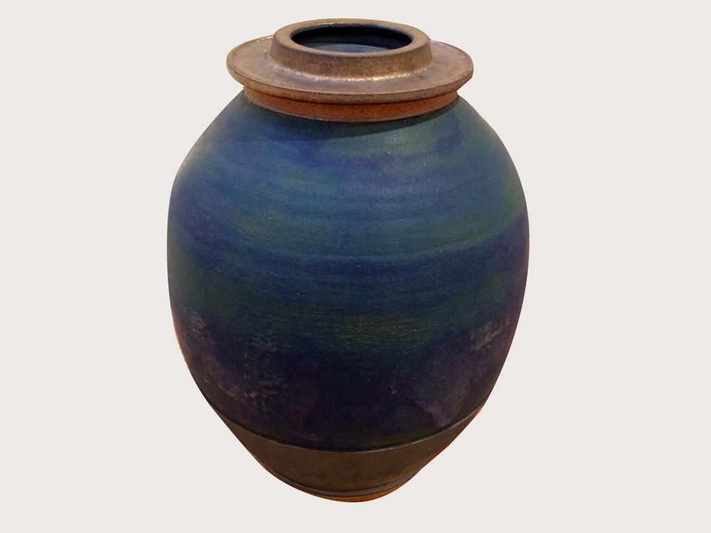 """SHOSHI KANOKOHATA: """"Urn"""", 13.5"""" x 9"""", ceramic, 2014"""