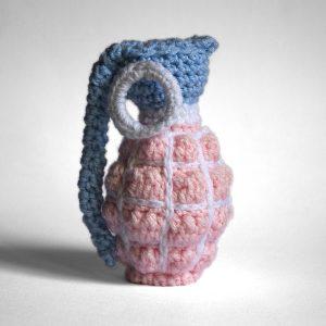 Vincent-Grenade-Pink-Blue-2-F